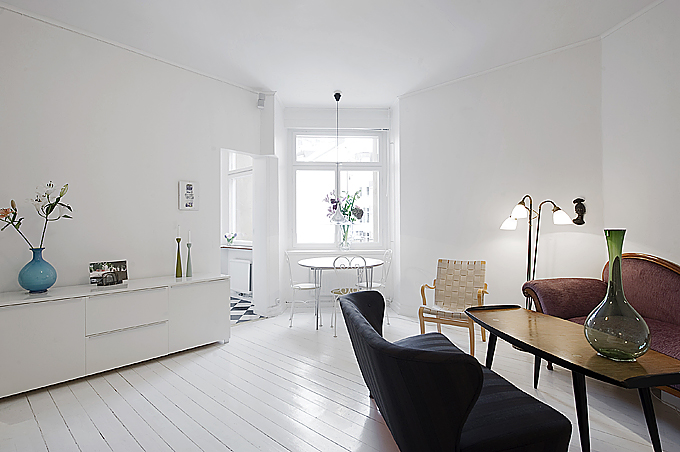 clean-white-small-apartment-interior-design-1