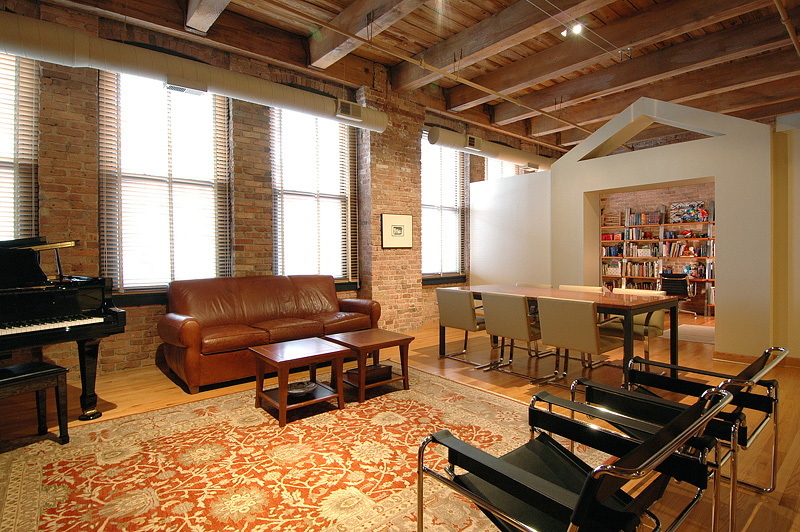 loft condominium at 400 South Green Street in Chicago, Illinois, United States.
